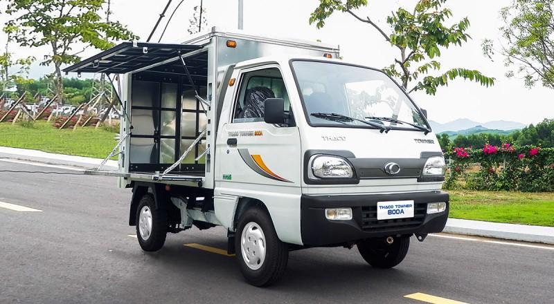 Thaco towner 800a thùng bán hàng lưu động