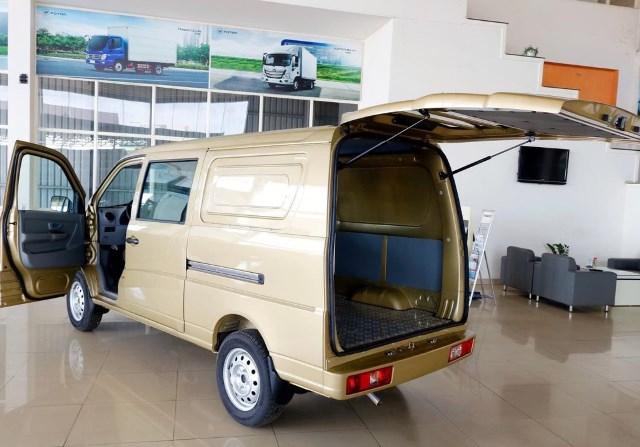 van-5-cho-thaco-towner-990_4.jpg