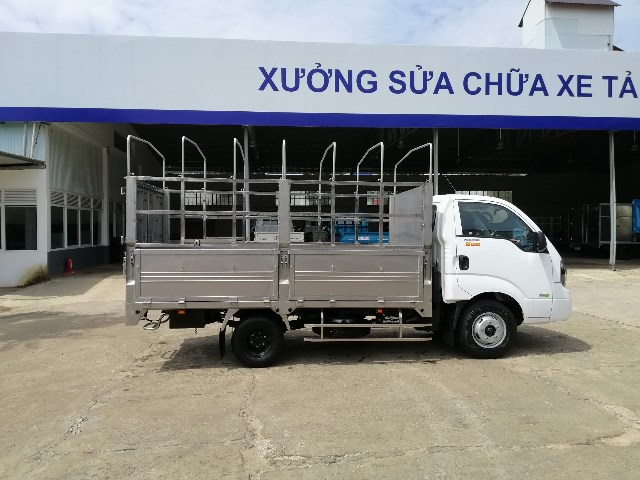 xe-tai-2t5-kia-k250-thung-inox-304-mui-bat_1.jpg