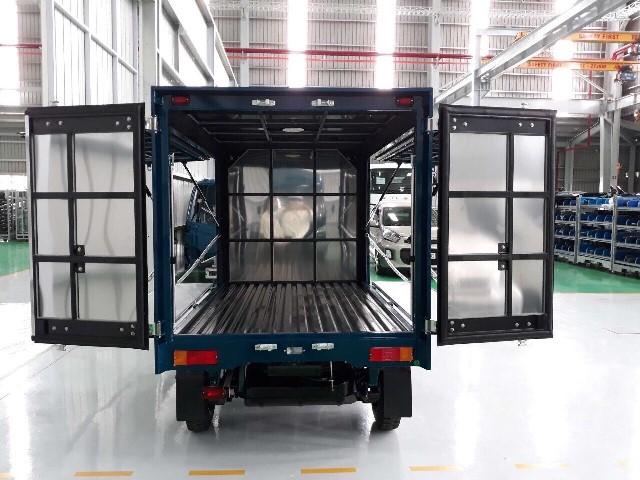 xe-tai-900-kg-thung-canh-doi.jpg