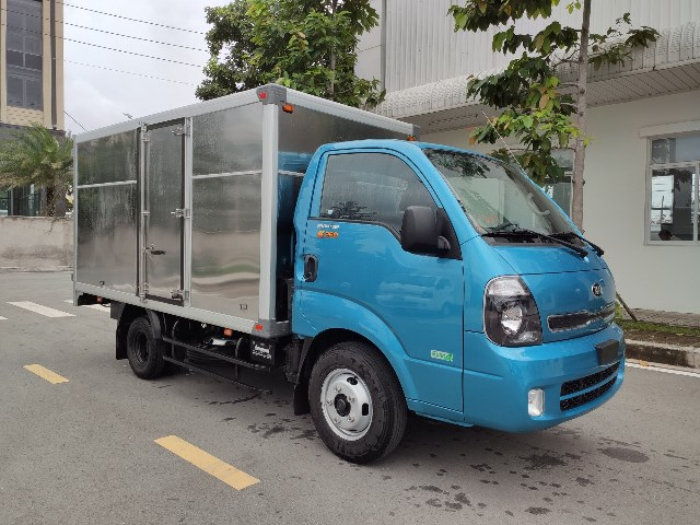 xe tải k250 thùng kín màu xanh dương